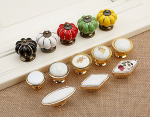 modern door knobs & pulls
