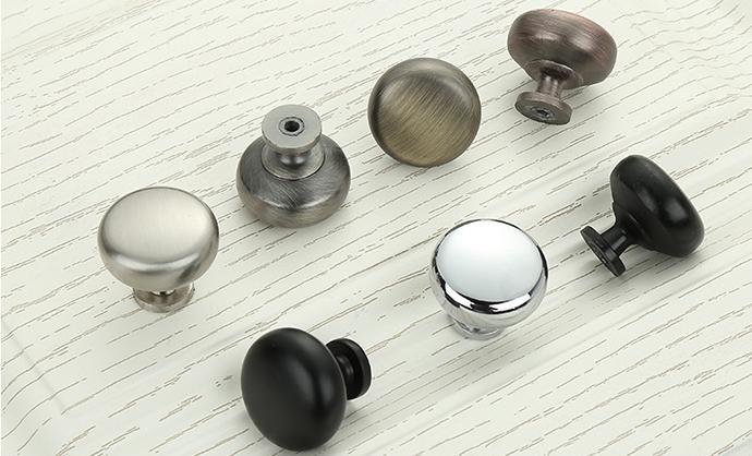 round handles